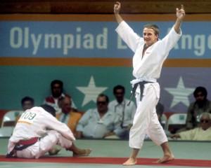 Neil Eckersley vinner OL-bronse i 1984.
