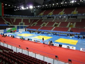 Arena Aremeec før kampstart. Foto: Thom Hallum